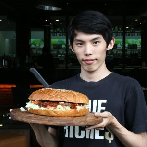 the big boss burger (95k)
